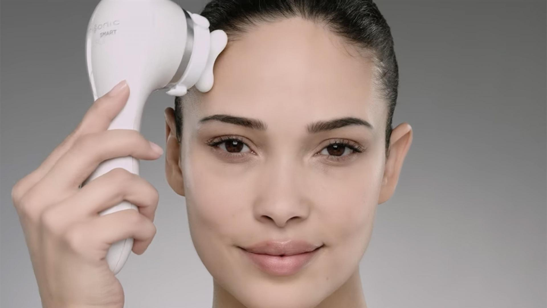 Clarisonic Smart Profile Uplift - How To Use